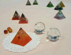 オルゴナイト作り♪自分に必要な色と石で、自分だけのものを♪